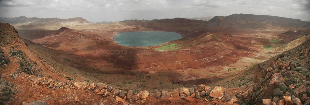 Gran lago de Isli (2300m).
